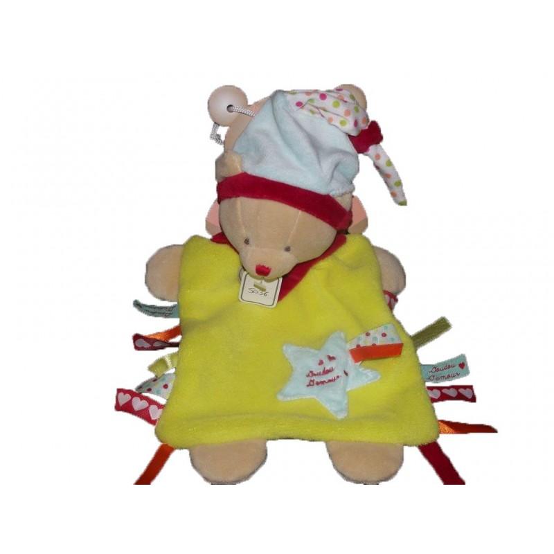 Accueil Babynat doudou Babynat Ours Jaune bonnet d'amour etiquette Doudou d'amour Plat